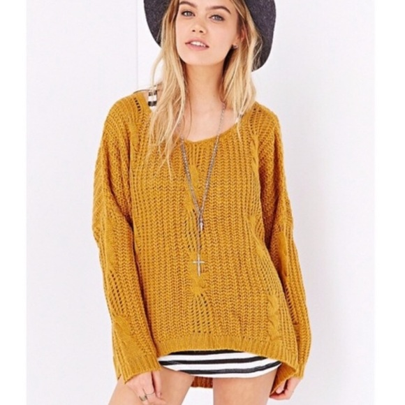 UNIF x Urban Outfitters Mustard Knit Sweater Small